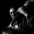 Ron Carter Golden Striker Trio: Ron Carter: contrabbasso, Russell Malone chitarra, Daniel Vega: piano, Piazza Enriquez, Vittoria, Ragusa, 2015 - VIttoria Jazz Festival