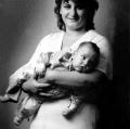 tani-p1-madre-e-figlio